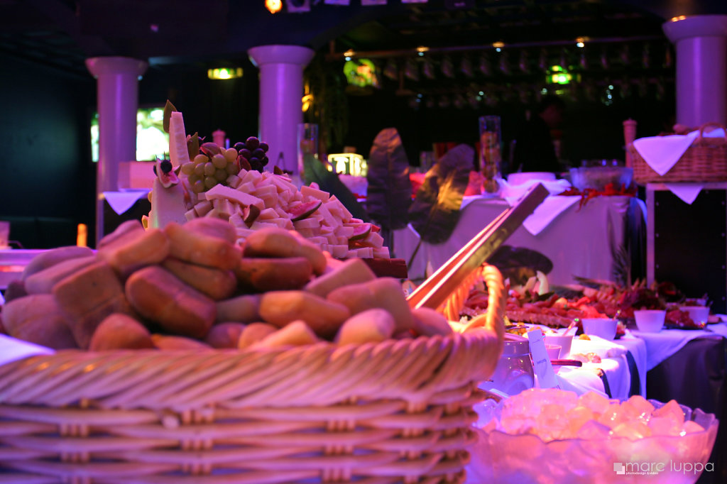 Buffet-IMG-8392-WM.jpg